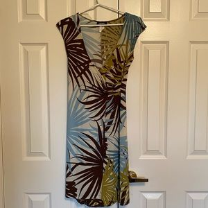 Fitted tropical wrap dress
